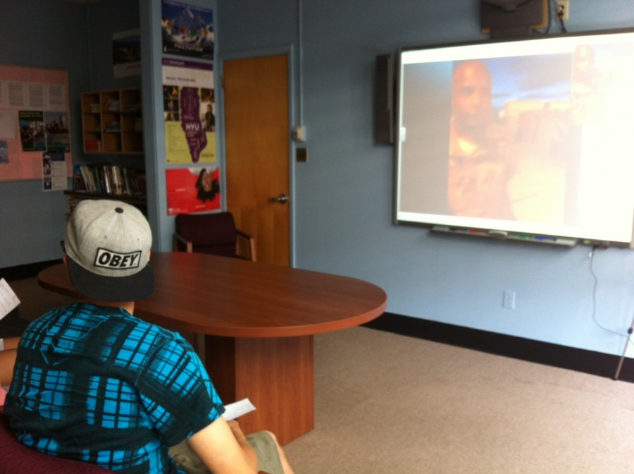 Students communicate with soldiers through Skype