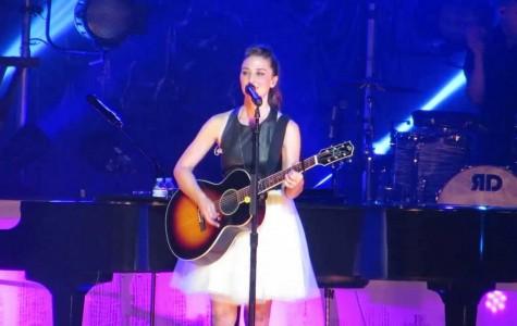 "Sara Bareilles goes ""brave"" at Radio City Hall"