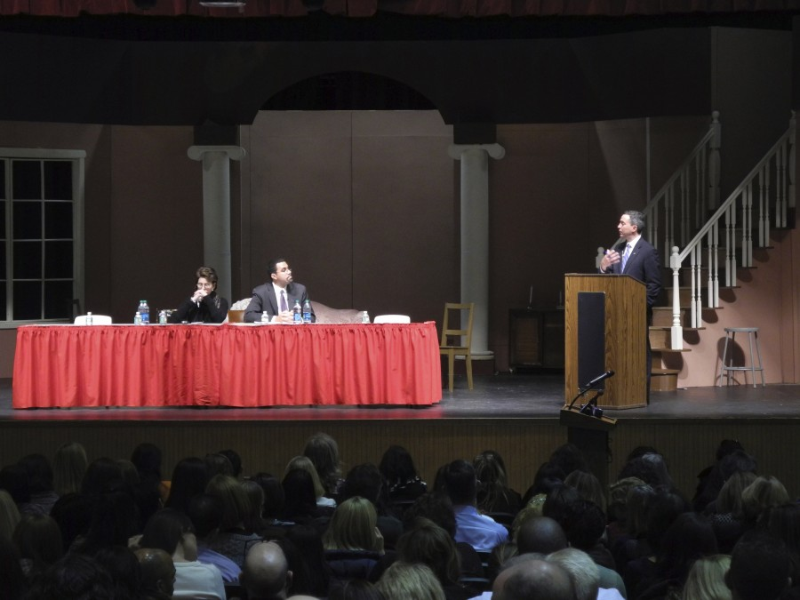 Educational+public+forum+sparks+debate+at+Mineola+High+School