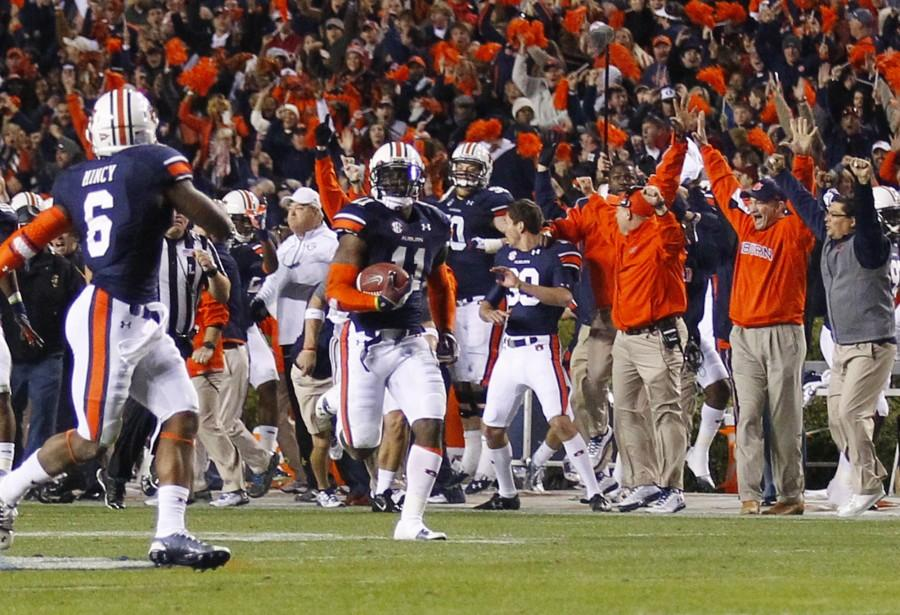 Last+minute+victories+rejuvenate+excitement+in+sports%3A+In+light+of+Auburn%E2%80%99s+comeback%2C+fans+are+reminded+of+hope+in+sports