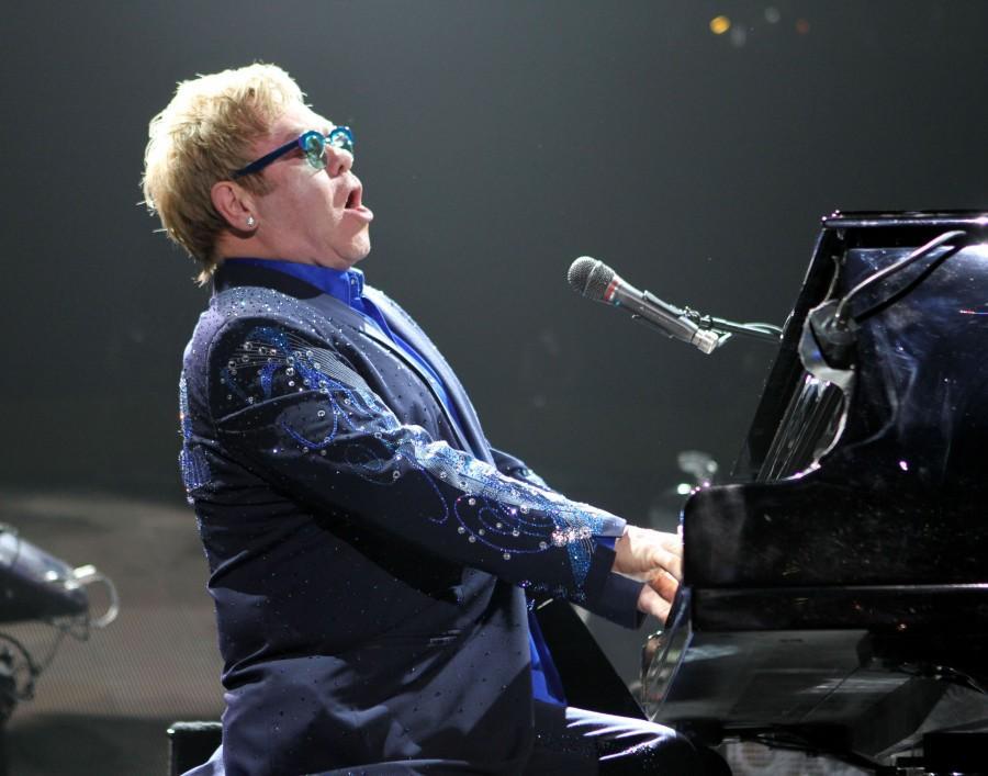 Elton+John+can+still+light+up+Madison+Square+Garden+at+66