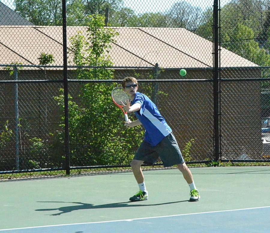 Boys+tennis+has+dominant+transition+season+but+falls+in+semifinals