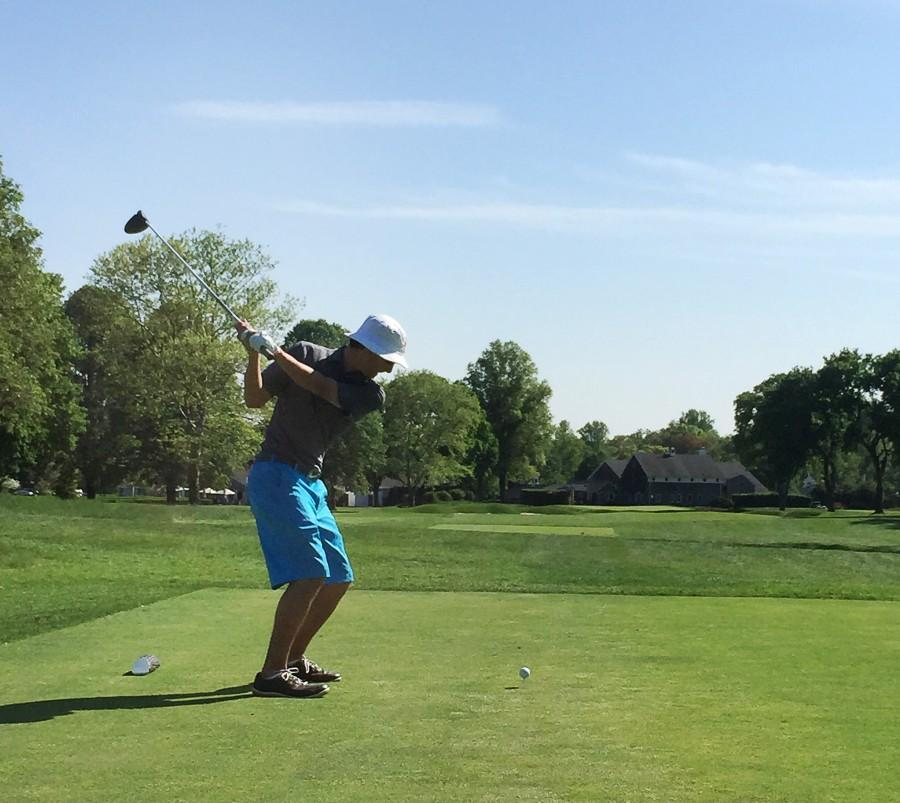 Golf finishes undefeated season and seeks championship