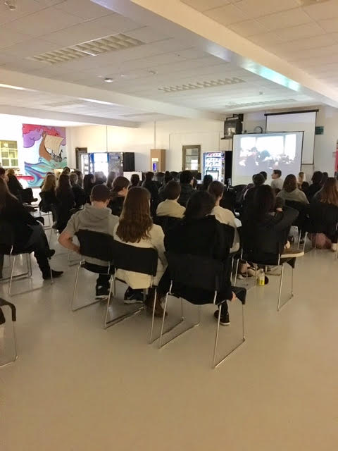 Students at Foreign Language Honor Society's annual movie night watched Cinema Paradiso, an Academy-winning Italian movie from 1988.