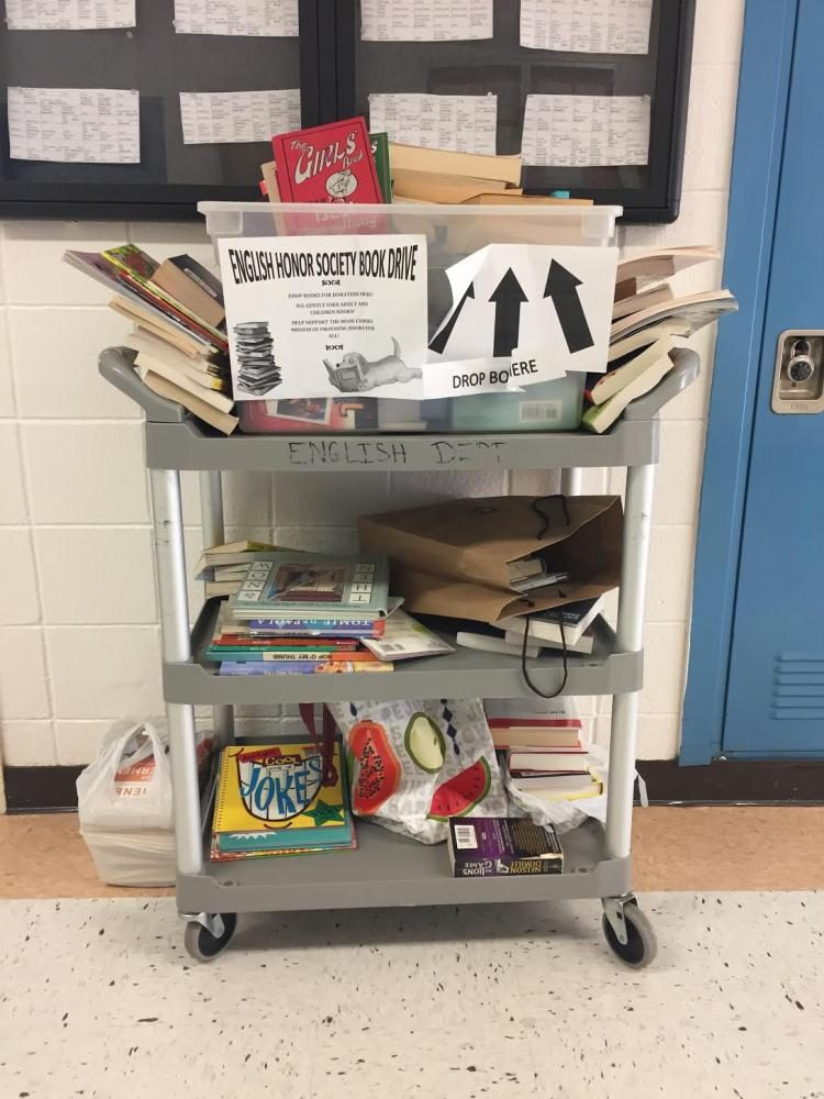 The+donation+cart+is+located+in+front+of+the+English+department%2C+and+is+constantly+accepting+new+and+lightly+used+books.