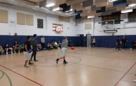 High School Dodgeball Tournament: competition intensifies