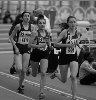 Lucy Hurt pushes to the front of the pack at the New York State Championships on Mar. 3 in Staten Island with a time of 3:01:63 placing 21st overall.