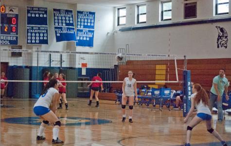 Girls volleyball spikes to a winning streak this autumn