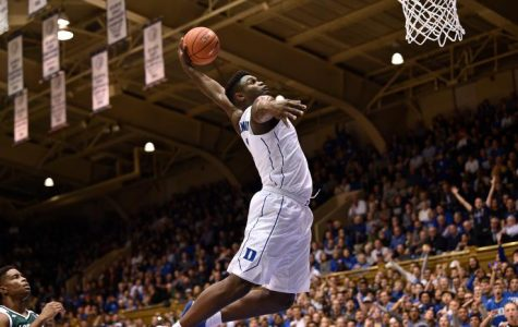 Early favorites emerge as college basketball begins