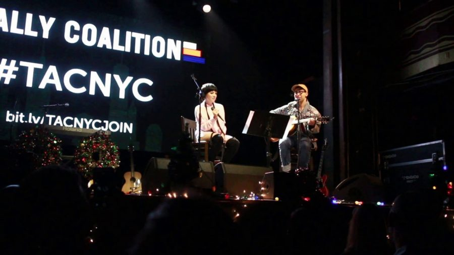 Singer Carly Rae Jepson performed a heartwarming collaboration with Jack Antonoff onstage in front of hundreds of fans in The Ally Coalition Stage in New York City back in early 2018.