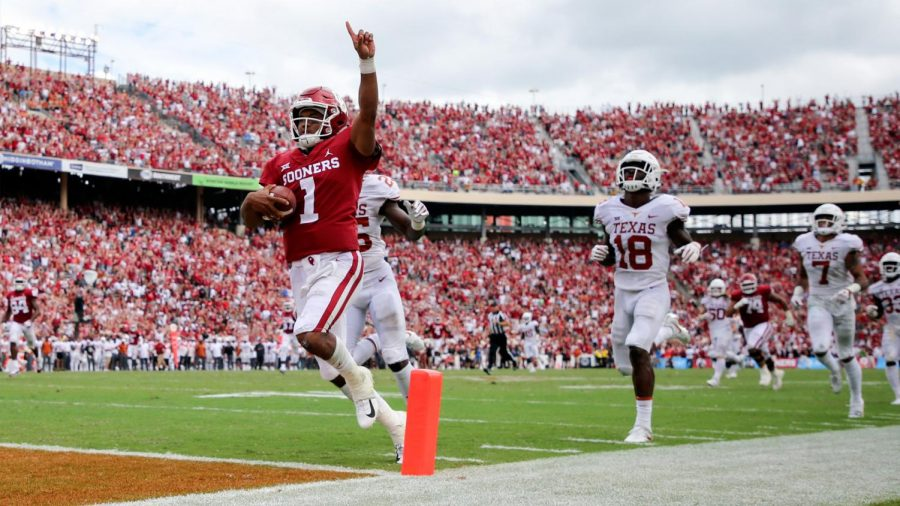 Heiman+Kyler+Murray+scores+a+touchdown+against+rival+Texas+on+Oct.+6.+The+Sooners+went+on+to+lose+that+game+45-48.