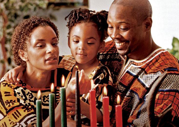 Kwanzaa+emphasizes+seven+key+principles%2C+dedicating+a+day+to+each+one%2C+The+holiday%27s+non+religious+affliction+allows+families+and+communities+to+come+together+and+enjoy+time+together.+
