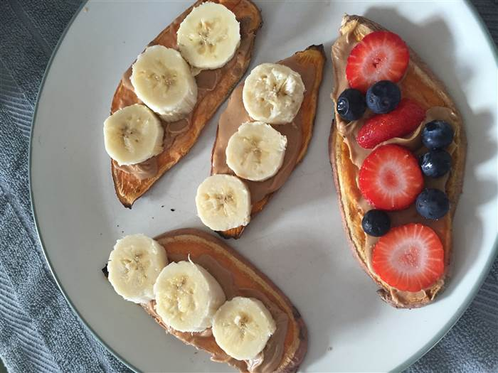 For+a+healthy%2C+and+not+time+consuming+breakfast%2C+try+peanut+butter+and+banana+toast.+You+can+even+mix+it+up+by+adding+other+berries+and+nuts.