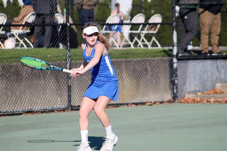 Freshman+Thea+Raman+battled+Westhampton+Beach+in+her+Long+Island+Championship+Singles+Match.+