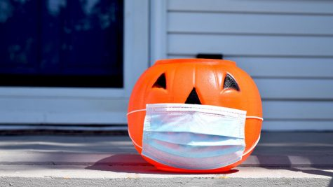 The tricks (and treats) on how to have a COVID-safe Halloween