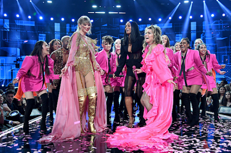 American Music Awards Was The First Large Public Event Since The Pandemic Started