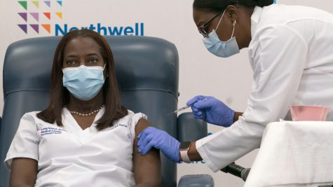 First two COVID-19 vaccine distribution centers open in Nassau