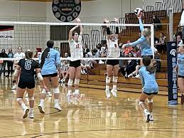 Girls' Volleyball looks to bounce back and gain momentum entering mid-season